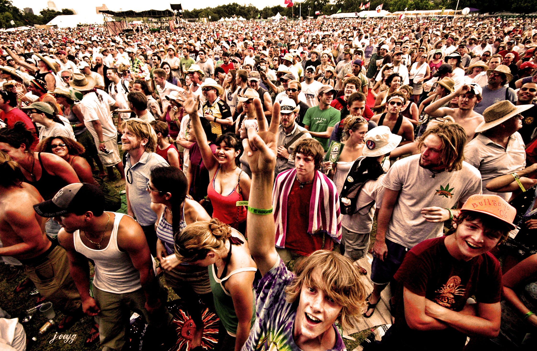 Vaping at Festivals