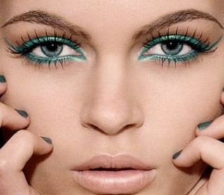 Off The Catwalk: 5 Makeup Trends You Can't Miss