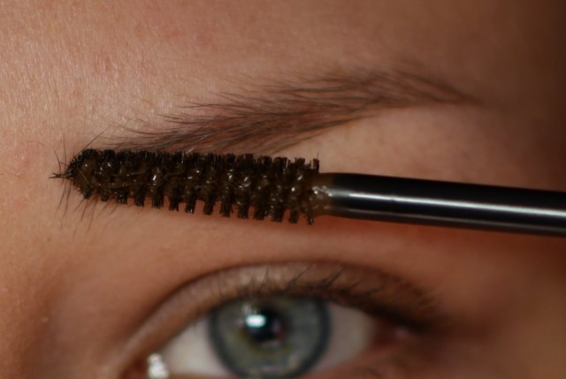 Fiber gel eyebrows – A viable solution for girls with sparse eyebrows