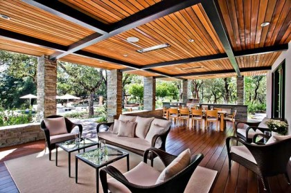 Creating Fabulous Outdoor Entertaining Spaces