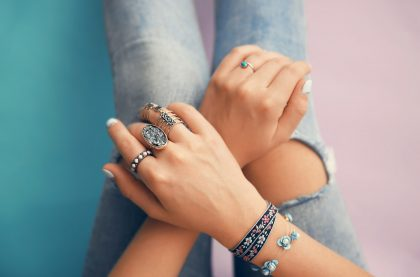 Wear it With Style: The Top 4 Jewelry Styling Tips
