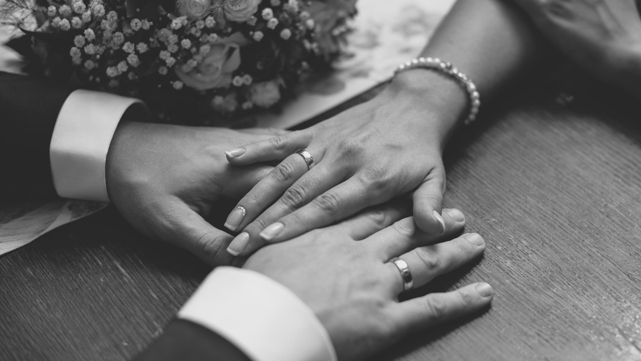 What These Rings Say about Love Chemistry with Your Partner