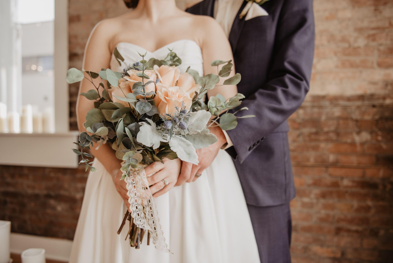 Saving Money on Wedding Costs